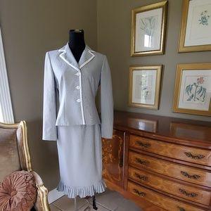 Ladies Evan-Picone Stripped Suit Jacket/ Skirt